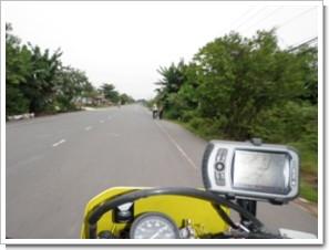 10km_south_Saigon_R835.JPG
